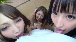 31969426_straight_hair_girls[